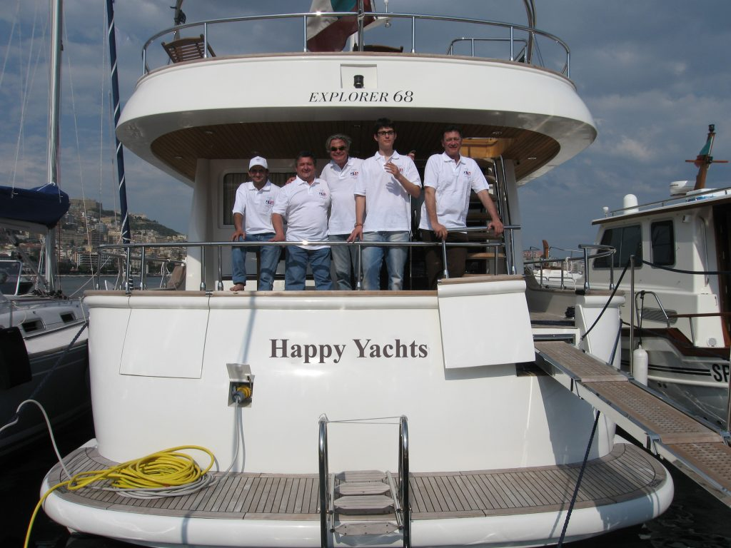 happy yachts staff