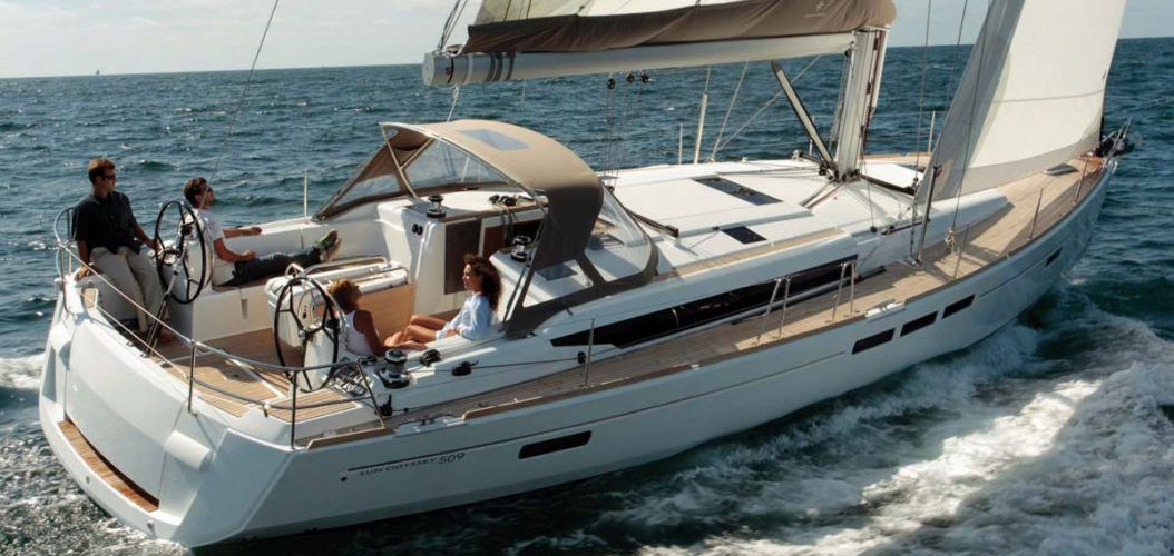 jeanneau sailing